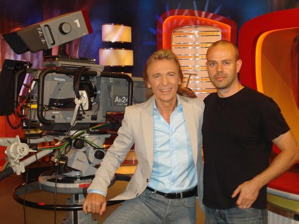 Hartmut Schulze-Gerlach mit Cutter im MDR-Studio